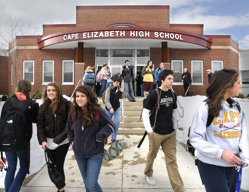 In this March 2008 file photo, students stream from the front entrance of Cape Elizabeth High School. A new study using data from the 2010 U.S. Census examines how parents with young children are voting on school districts with their feet. In Maine, Cape Elizabeth was the most popular school district among districts with sizable populations.