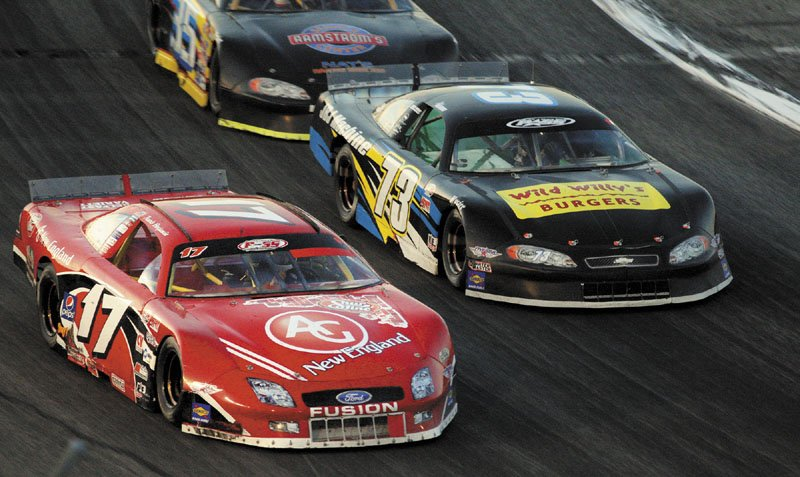 MAKING THE MOVE: Travis Benjamin (17) unofficially led 84 laps and held off Joey Doiron to win the 40th TD Bank 250 on Sunday night in Oxford. The move back to Super Late Models in the race seemed to be popular, as about 10,000 fans watched the race.
