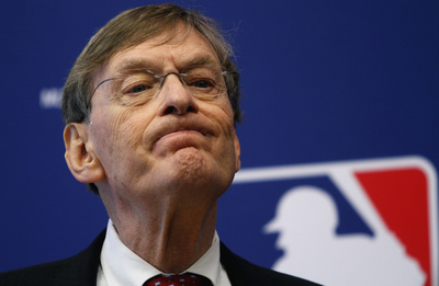 Major League Baseball Commissioner Bud Selig said in a statement Thursday that he plans to retire in January 2015.