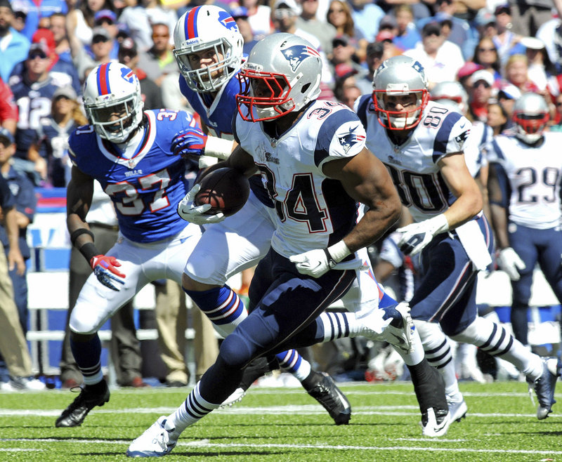 New England's Shane Vereen scampers for some of his career-high 101 yards after taking over the running duties from the benched Stevan Ridley.