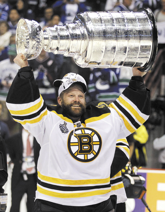 AP photo HE'S BACK: Former Boston Bruins goalie Tim Thomas signed a tryout contract with the Florida Panthers on Monday and will accompany the team on a three-game road trip starting Wednesday.