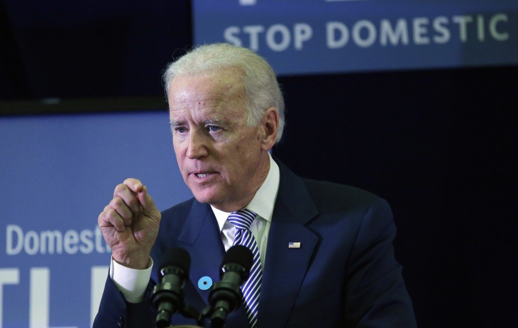 White House insiders refute a book's claim that President Obama considered dumping Vice President Joe Biden in his re-election bid.