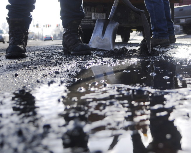 Heavy rains overnight caused issues with potholes along Interstate 95 Friday morning.