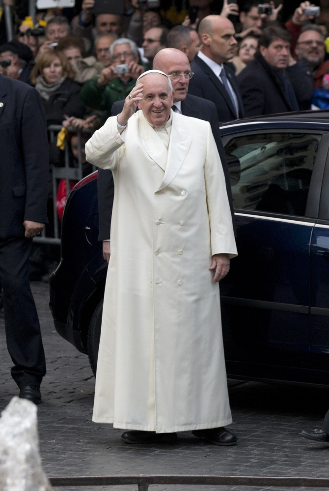 The Associated Press President Barack Obama will meet with Pope Francis at the Vatican as part of a European trip scheduled for March. The White House says Obama ìlooks forward to discussing with Pope Francis their shared commitment to fighting poverty and growing inequalityî during their March 27 meeting.