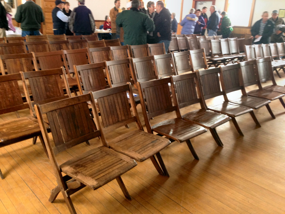 Chairs: The 100-year old chairs where debated for 20 minutes at St. Albans Town Meeting.
