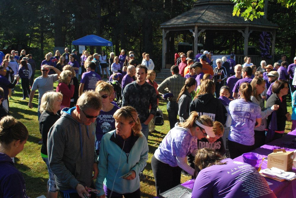 Signing up to run or walk the 3rd annual Pancreatic Cancer Research 5k in Skowhegan.