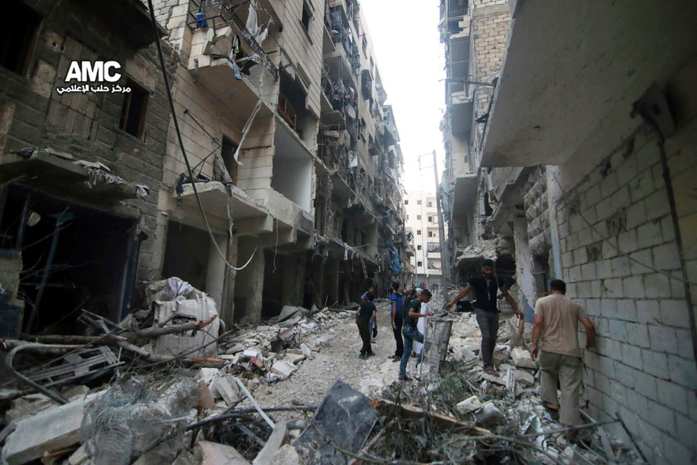 Destruction is extensive in Syria's northern city of Aleppo as insurgents try to break the government force's siege on opposition-held eastern districts.