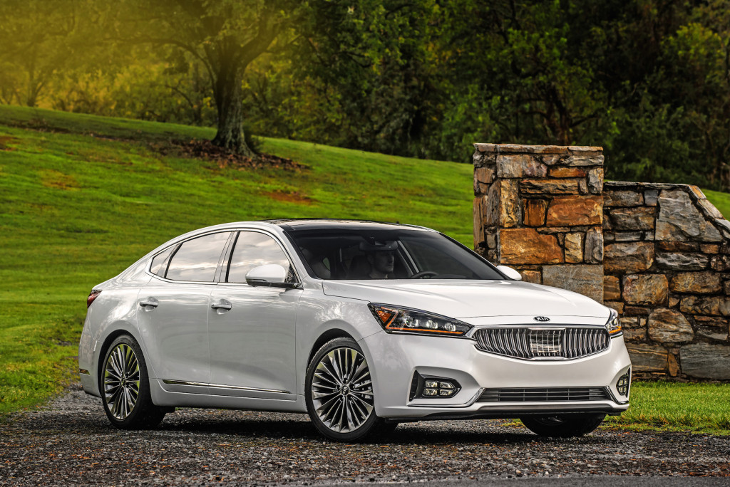 Driving the 2017 Cadenza reveals the car to be well balanced.