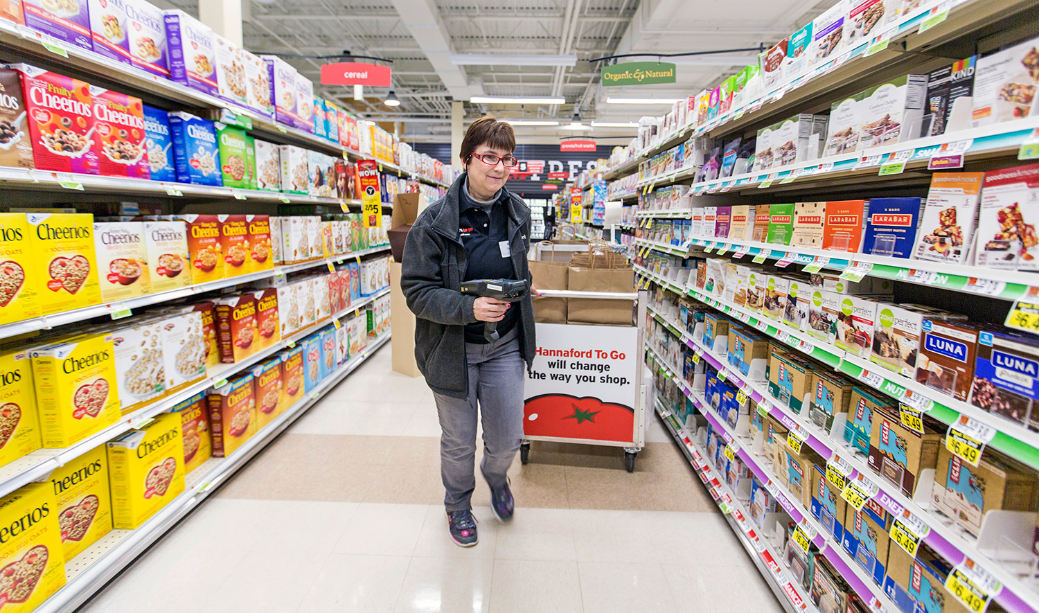 Hannaford branches out with to go larger stores for Order food to go