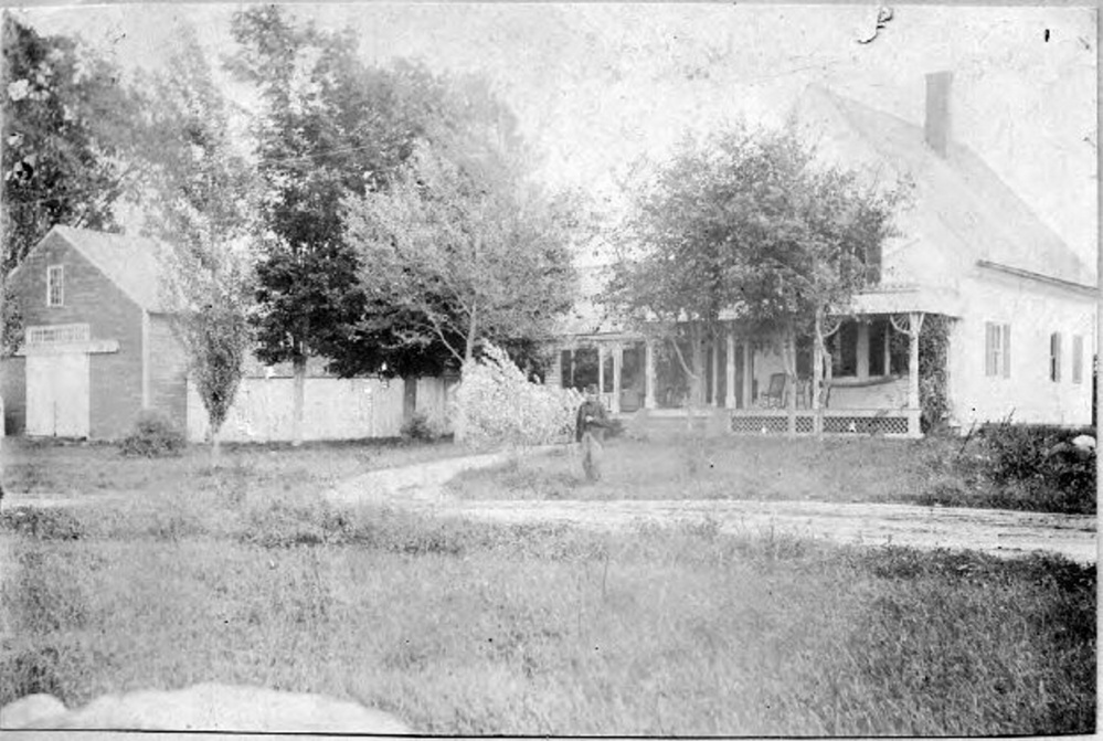 Tamsonhurst was one of the many hotels in operation on Lake Maranacook. Founded by Ed and Tamson Nelson in 1903, it was located on the northern shore of Maranacook Lake in Readfield. In later years it was known as Millett Manor.