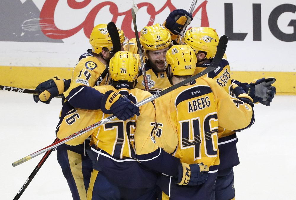 Penguins demolish Predators in Game 5 blowout win