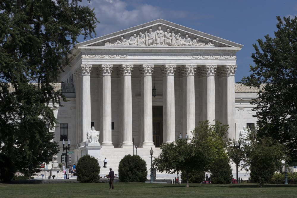 The U.S. Supreme Court on Tuesday agreed to an administration request to block a lower court ruling that would have eased the refugee ban and allowed up to 24,000 refugees to enter the country before the end of October.