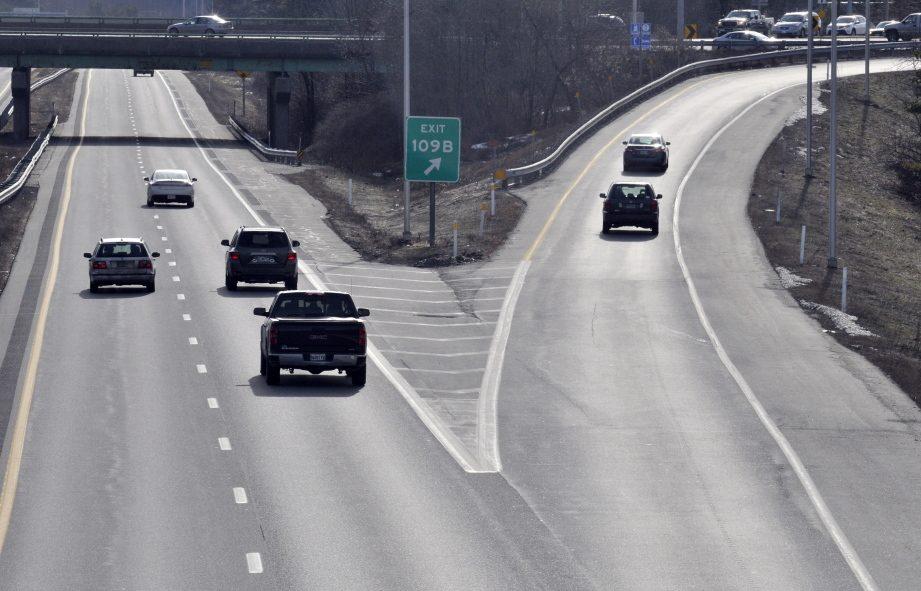 Southbound drivers should take exit 109B from Interstate 95 to Western Avenue to avoid traffic delays while the state works on an overpass at exit 109A.