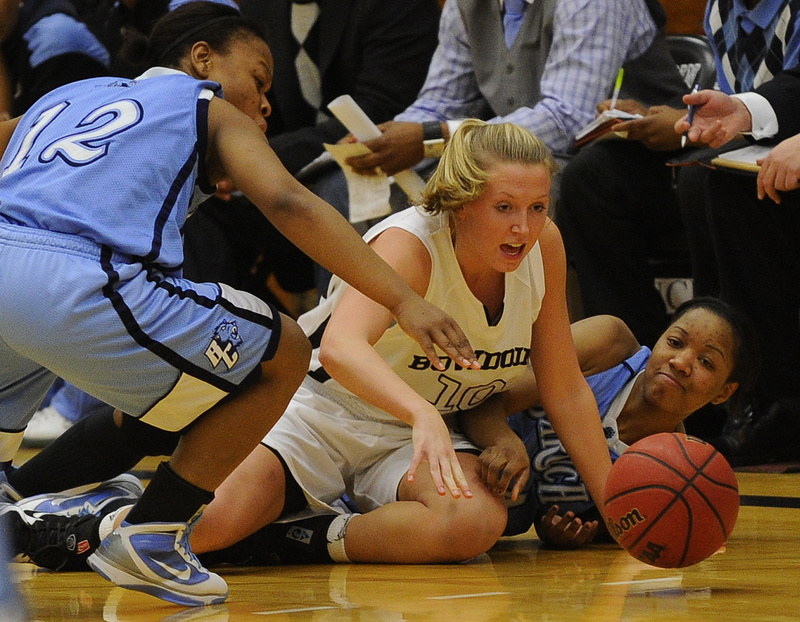 Caitlin Hynes of Bowdoin dives for a loose ball during the 67-53 victory against Baruch. Bowdoin will be at home tonight against Western Connecticut State in the second round of the NCAA Division III tournament.
