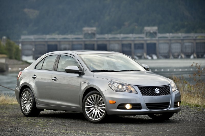 Suzuki's new Kizashi manages to stand out in the competitive field of good – and good-looking – midsize sedans with sporty styling, an upscale interior, and some performance characteristics way beyond its price range.