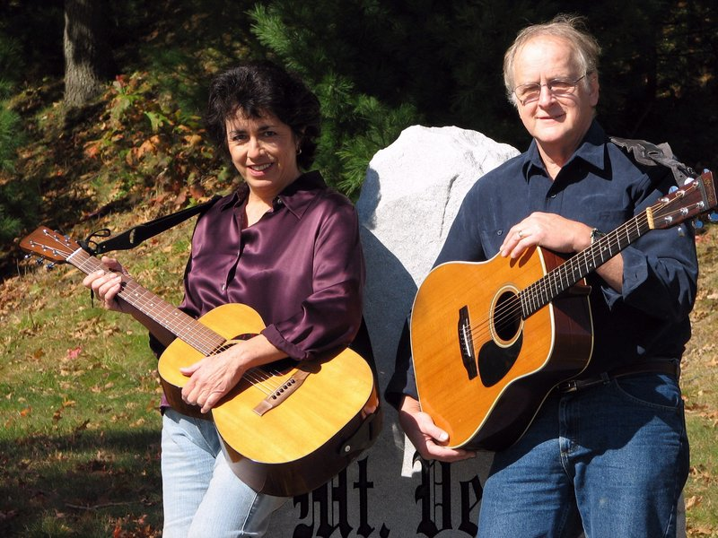 Courtesy Thomas Memorial Library Renee Goodwin and Bob Simons will perform at 7 p.m. Thursday at Thomas Memorial Library in Cape Elizabeth.