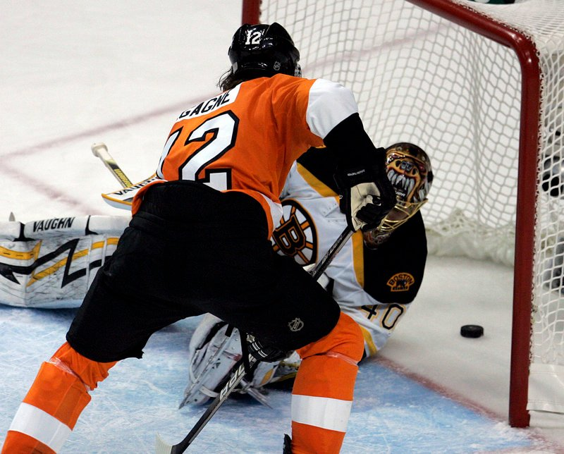 The Flyers executed their strategy of getting bodies in front of Bruins goalie Tuukka Rask as they won Game 4 in overtime Friday, and they'll try to do the same Monday in Boston.