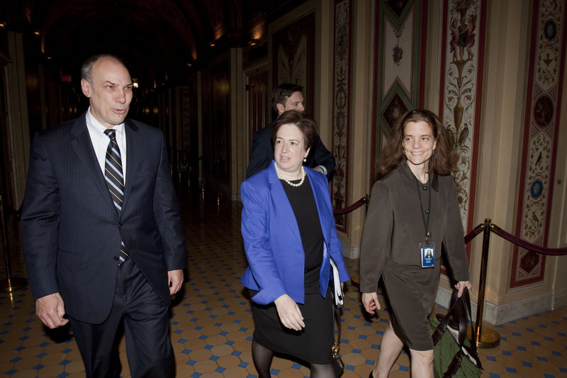 Elena Kagan, center