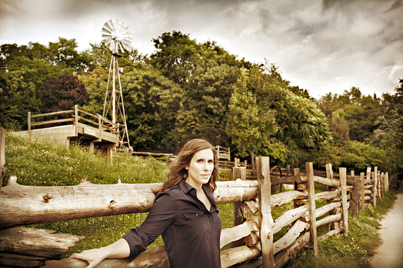 Folk singer/songwriter Rose Cousins performs in Brownfield Saturday night.