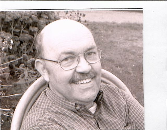 Richard Dunlap dedicated his work to helping people with mental illness and other disabilities develop job skills.