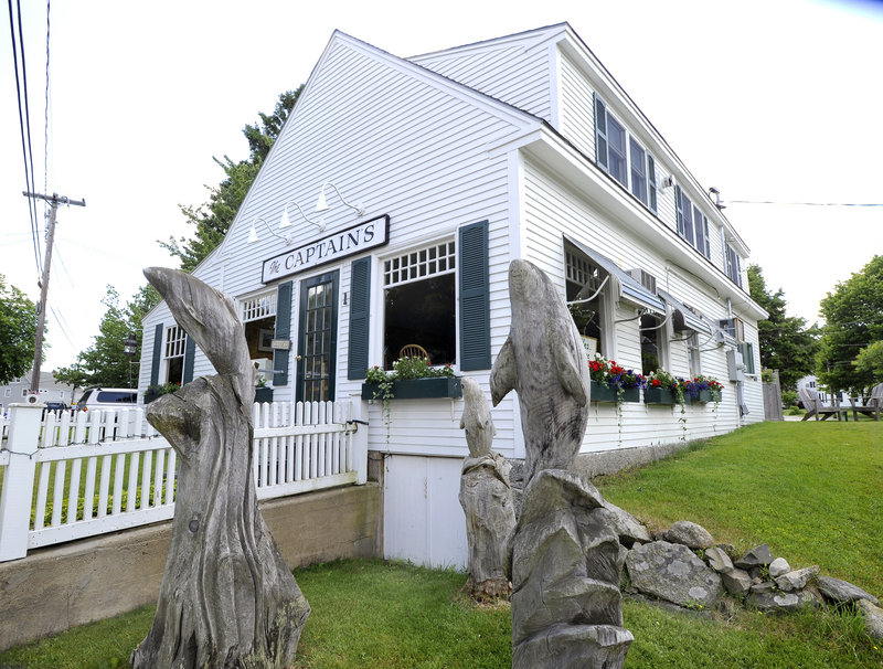 The Captain's in Cape Porpoise is a modest little restaurant with no pretensions and family-friendly meals that are, for the most part, plain and simple.