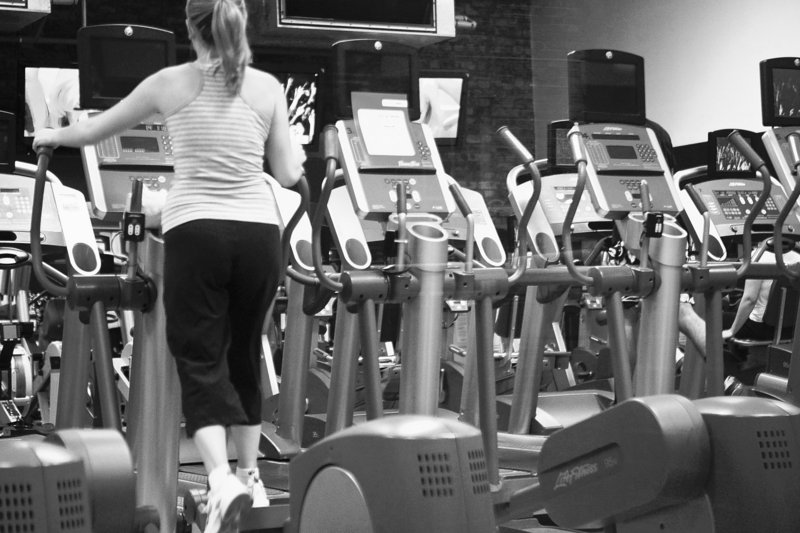 A 16-year study of women ages 25 to 42 found that increases in slow walking did not generally reduce weight gain, which averaged about 20 pounds over the 16 years.