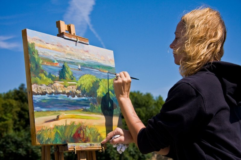 Vanessa Nesvig paints at Fort Williams during last year's Paint for Preservation, which benefits the Cape Elizabeth Land Trust's Saving Cape's Great Places initiative.