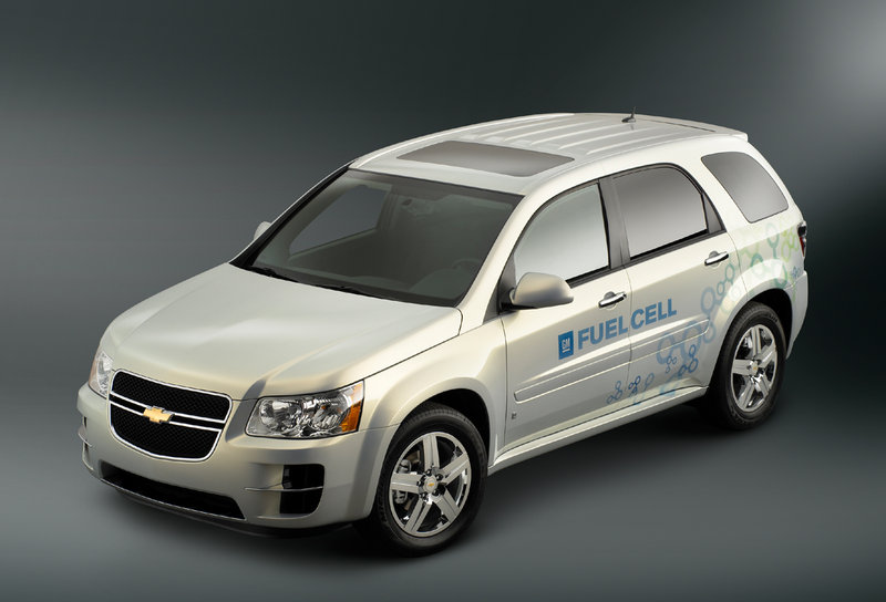 From the outside, it would be hard to tell the hydrogen-powered Equinox from a conventionally powered 2006 model if it weren't for the molecule and Fuel Cell graphics on its flanks and tailgate.