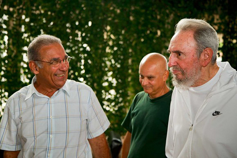 Cuban leader Fidel Castro, right, visits the National Center for Scientific Investigation in Havana last Wednesday. Castro had not been photographed in public since falling ill in July 2006.