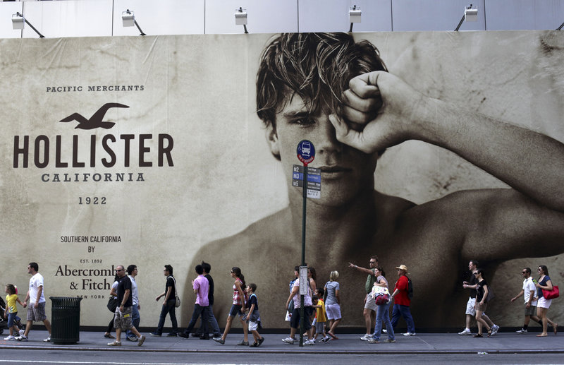 Teen clothes store Abercrombie & Fitch, which slashed prices on some of its jeans by 40 percent for the back-to-school season, is expected to keep cutting prices this fall.