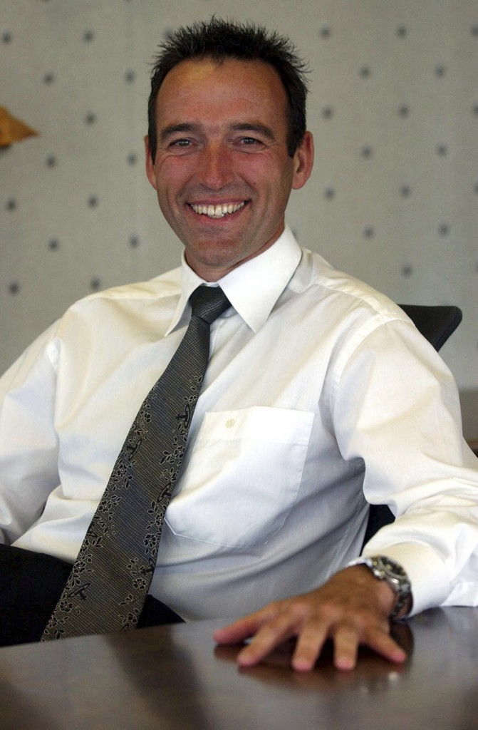 Graeme Hart, 55, the richest man in New Zealand, rebounded from near financial ruin in the late 1990s.His purchase of the U.S. maker of Hefty trash bags would continue his packaging sector aggregation