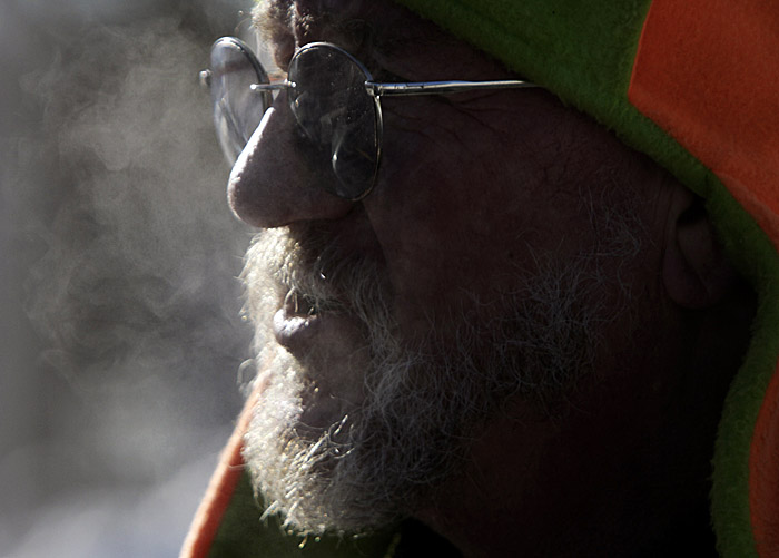 Dave Thompson, of Richmond, braves the frigid temperatures today.