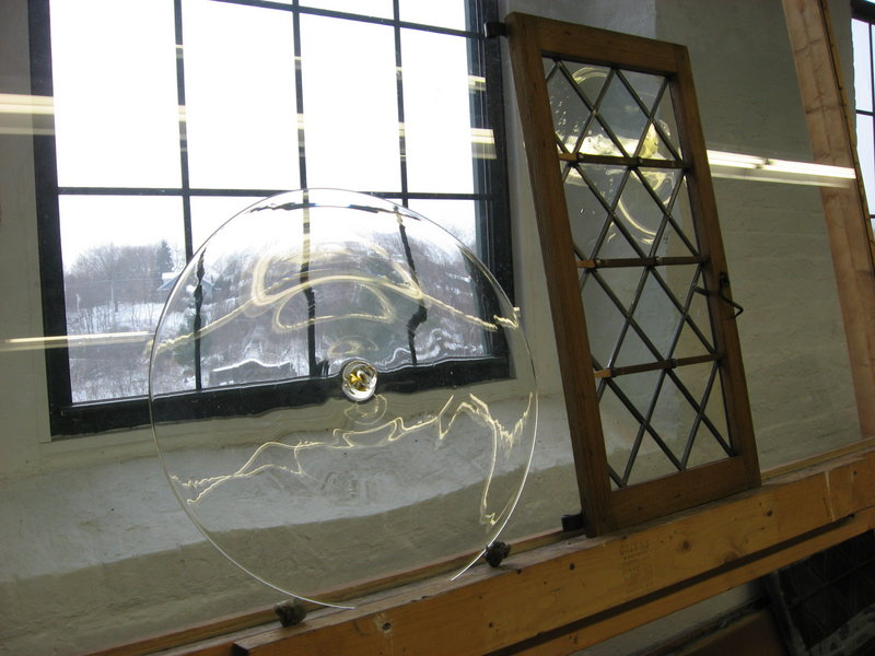 Robin Neely fashioned the windows for the 1704 Brown-Pearl Room from rondelles created by Portland glassblower Ben Coombs.