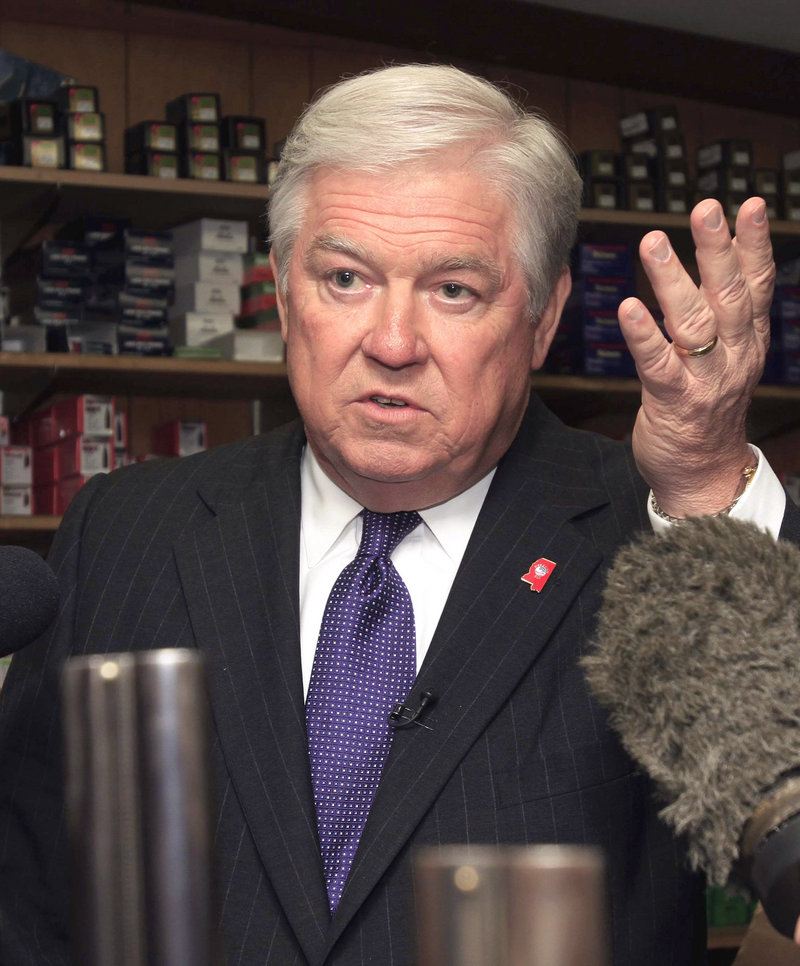 Mississippi Gov. Haley Barbour says he's out of presidential contention.