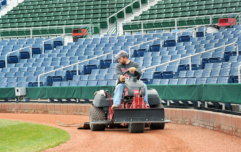 Reporter Ray Routhier takes a smoothing spin around the warning track at Hadlock Field in Portland.
