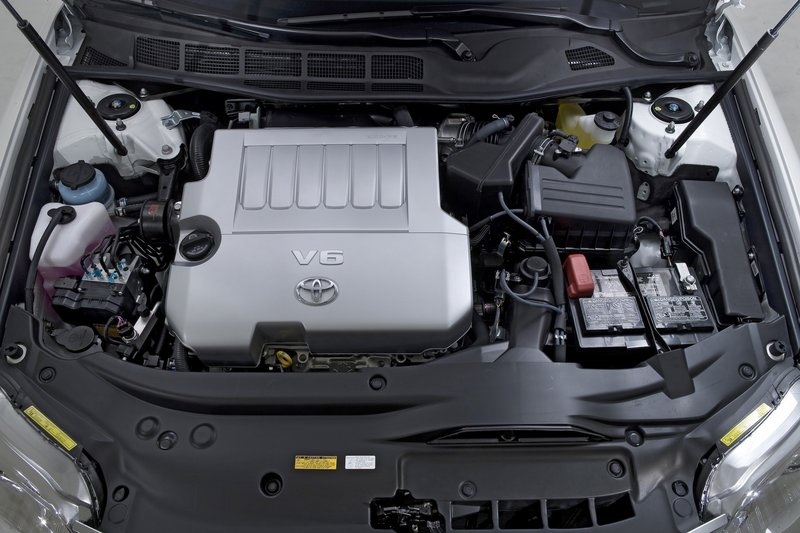 The 3.5 liter V6 provides plenty of power, and the gasoline mileage is impressive given the weight of the car.