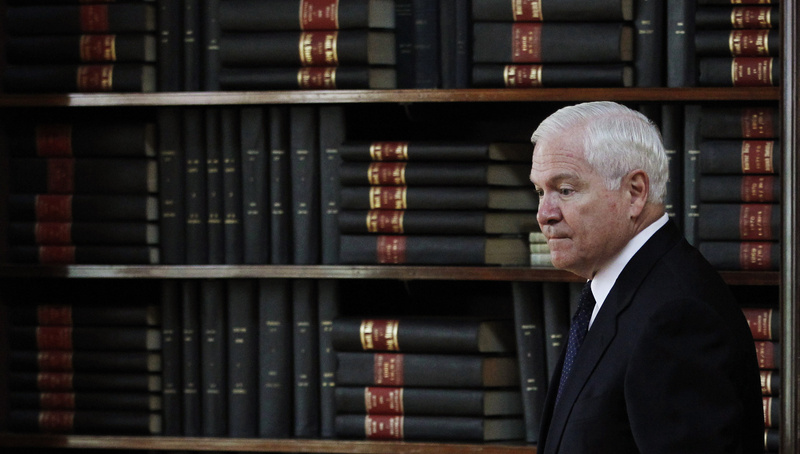 Outgoing U.S. Defense Secretary Robert Gates has noted that only the United States has the capability and the will to carry out extended military operations around the world. :rel:d:bm:GF2E76A0P6101