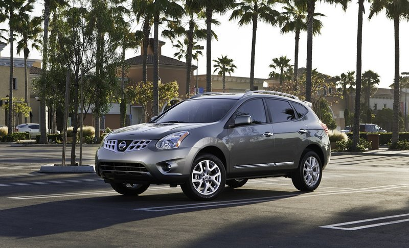 A new grille, front and rear bumpers and spoilers, chrome trim, and instruments are some of the cosmetic changes Nissan made to its popular Rogue crossover.