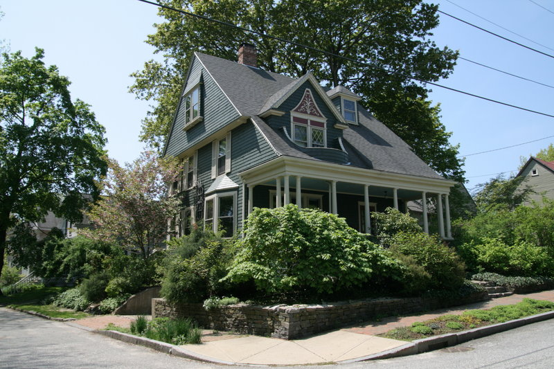 The Arthur E. Marks/Marshall Purrington House of 1896 is an example of a Shingle-style home with Colonial Revival influences. It's also on the Deering tour.