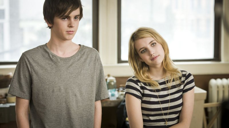 Freddie Highmore and Emma Roberts in