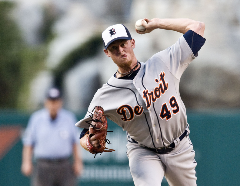 Charlie Furbush , a South Portland native, was traded to the Seattle Mariners today by the Detroit Tigers.