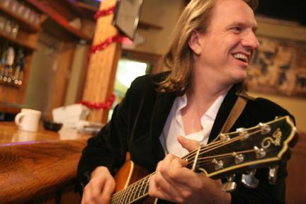 Singer/songwriter Ellis Paul performs on Friday in Ogunquit.