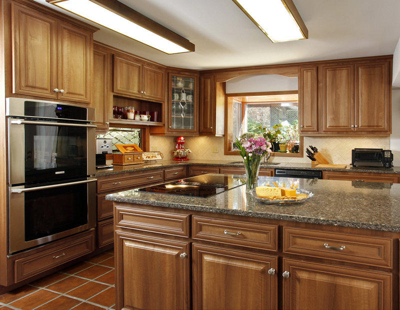 Abe Abuchowski's kitchen in Califon, N.J., looked fresh after the cabinets were refaced.