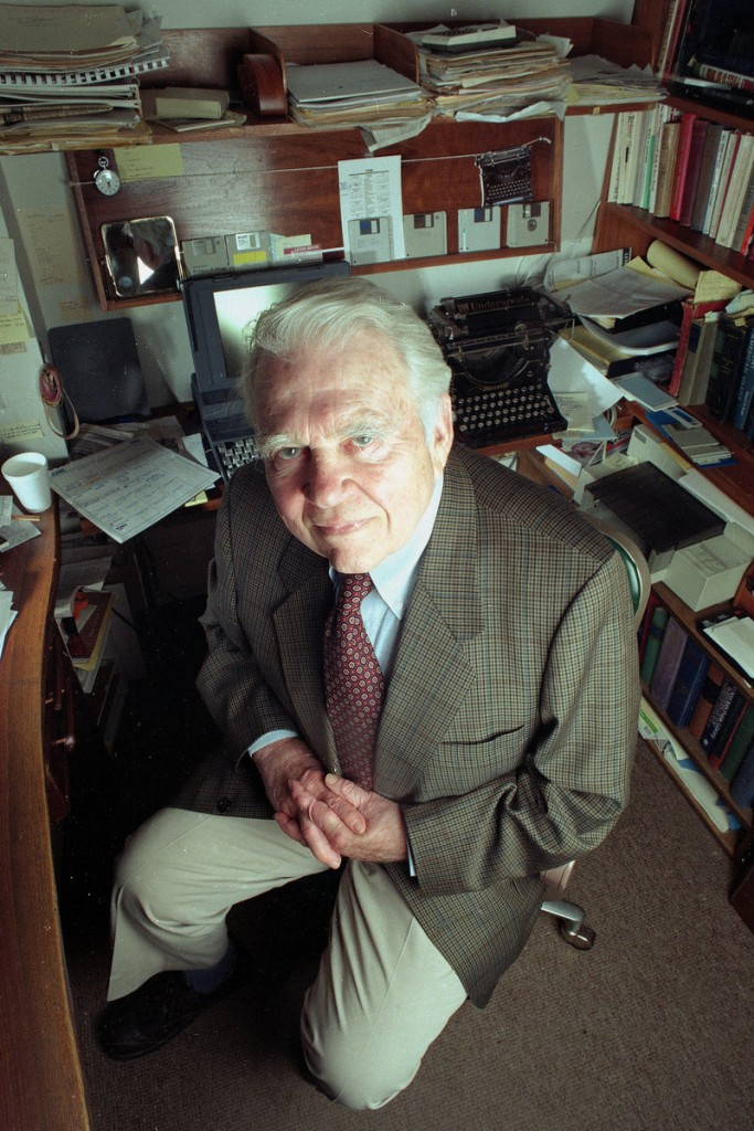 "Andy Rooney of CBS's ""60 Minutes"" is seen in his office in 1998. Sunday's broadcast will be his last as a regular contributor."