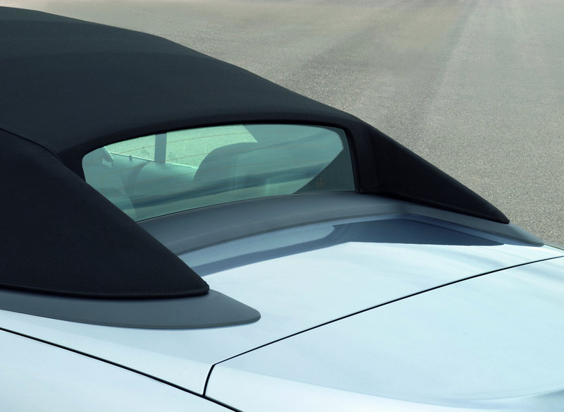 The glass rear window on the 650i convertible is a marvel.