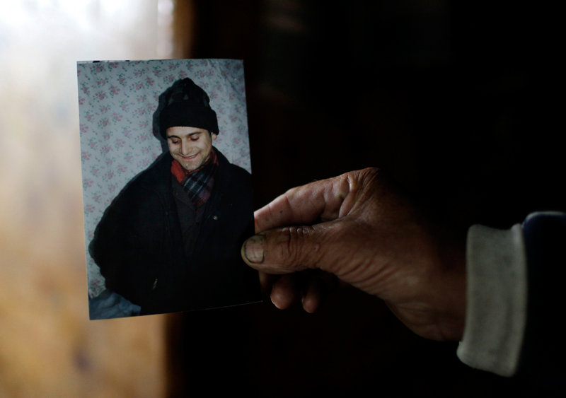 Vladimir Diminetz died after selling a kidney for $2,000. With demand for human organs growing in developed nations, a black market has emerged in countries such as Belarus.