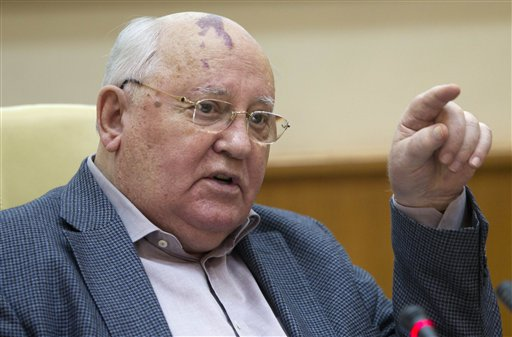 Former Soviet leader Mikhail Gorbachev is among the Nobel laureates expected to attend the summit in Chicago today.