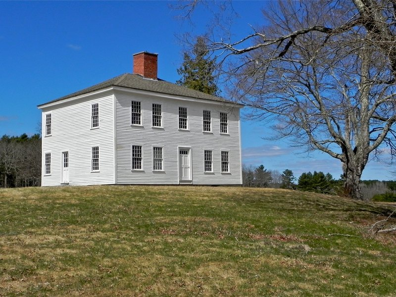 Swan Island is dotted with six historic homes in various conditions, harkening to another era in the region.
