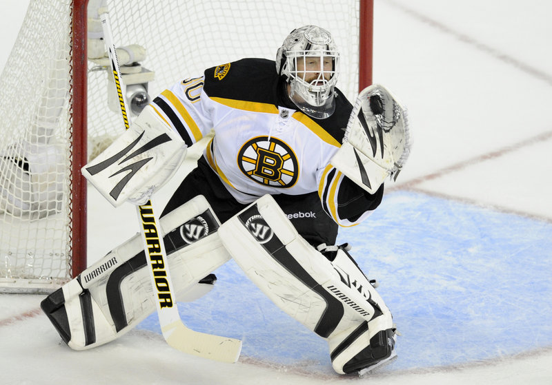 Tim Thomas of the Boston Bruins continued to be tough to beat Monday night, collecting 29 saves in a 4-3 victory against the Washington Capitals in Game 3.