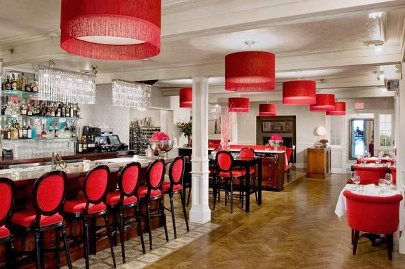 Natalie's is located in the Camden Harbour Inn overlooking Camden harbor. The dining room decor is dressy but not at all stuffy, delivering elegance with a European flair.